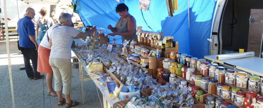marché à côté camping vendée
